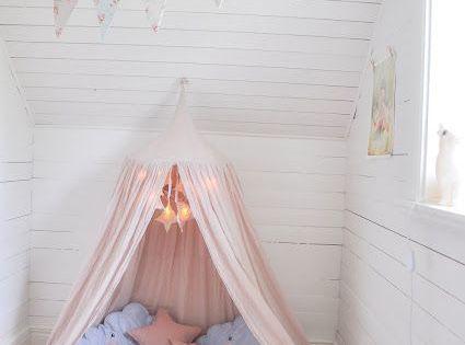 Acogedora cama en suelo mariasvitabo habitaciones - Suelos vinilicos infantiles ...
