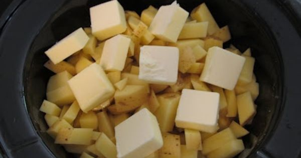 Crockpot Mashed Potatoes in a Crock Pot - life changing! • 5
