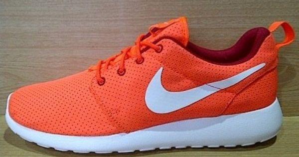 Kode Sepatu Nike Roshe Run Orange White Ukuran Sepatu 44 Harga