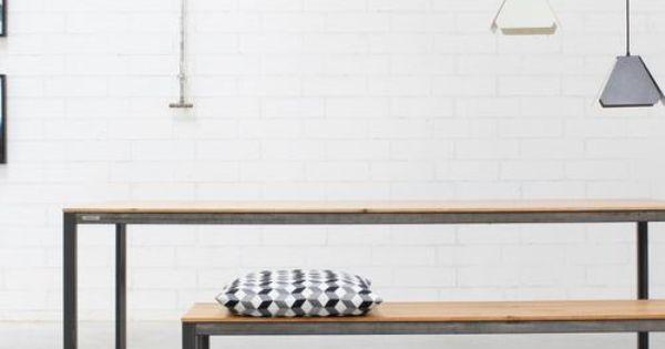 Loftfeeling Fur Dein Zuhause Esstisch Carl Ist Ein Zeitlos Stylischer Tisch Im Angesagten Industrial Chic Gefertigt Aus Nachhalt Mit Bildern Esstisch Tisch Metallgestell