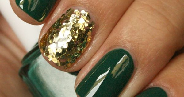 hunter green gold for fall and holidays nails nail art
