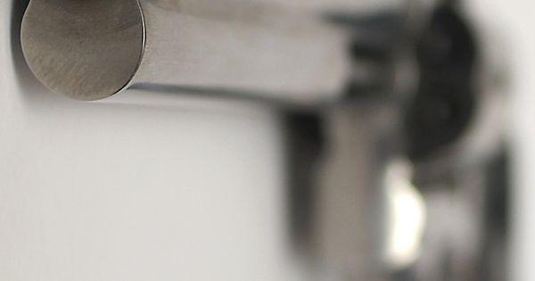 smith wesson model 500 revolver 44 magnum revolver. Black Bedroom Furniture Sets. Home Design Ideas