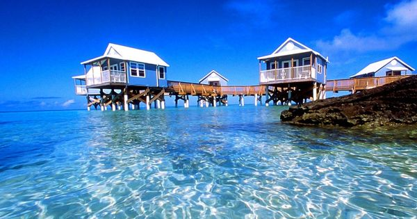9 Beaches Resort - Bermuda that water is so clear and beautiful