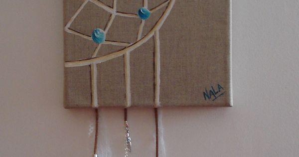 attrape r ves peint sur toile de lin plumes et perles. Black Bedroom Furniture Sets. Home Design Ideas