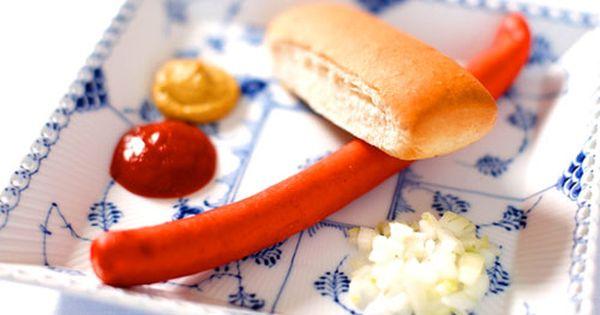 Scandinavian Streetfood Rod Polse The Essence Of Danish Hot Dogs Danish Food Scandinavian Food Danish Cuisine