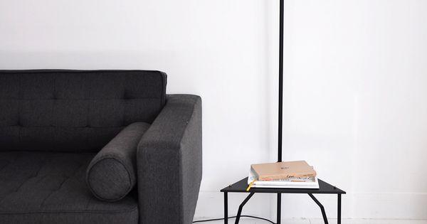 lampadaire avec tablette des ann es 50 rotule en laiton et interrupteur au niveau de la douille. Black Bedroom Furniture Sets. Home Design Ideas