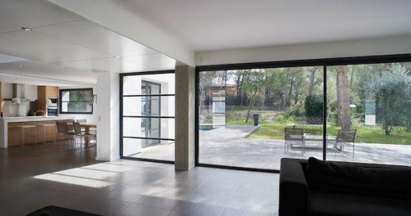 Deuren terras slanke glazen slim line schuifpui van tudor kozijnen pinterest tudor - Moderne woning buiten lay outs ...