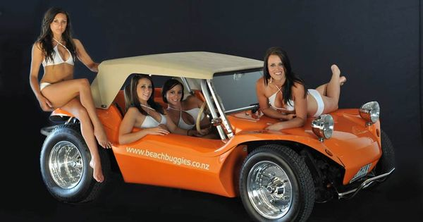 2016 Hot Rod And The Beautiful Pin Up Girls 2016