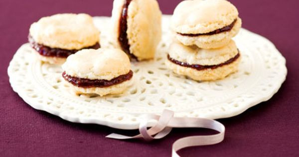 Macaroons | Sweet Tooth | Pinterest | Almond Macaroons, Strawberry ...