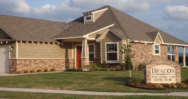 Craftsman Series Former Beacon Model Home Red Front Door