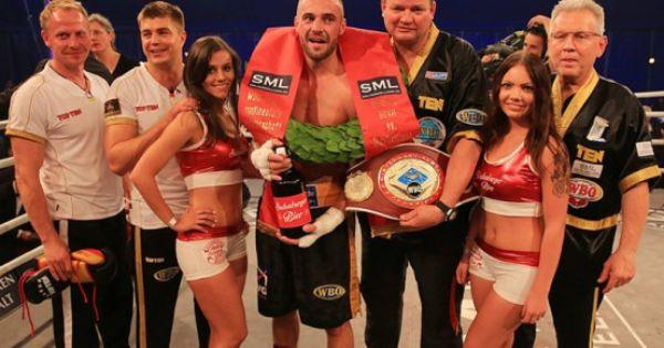 Dirk Dzemski Das Ostereiersuchen Fallt Dieses Jahr Aus Trainingslager Sport Box