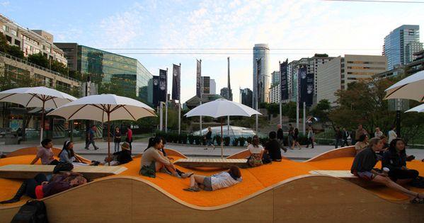Picnurbia the yellow picnic wave public spaces street for Mobilier urbain espace public