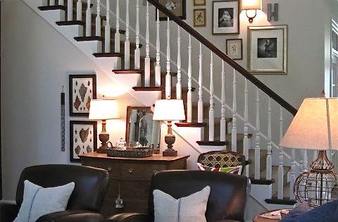 Accrochez Vos Photos Sur Le Mur Des Escalier D 39 Autres Id Es D Couvrir Sur Notre Article