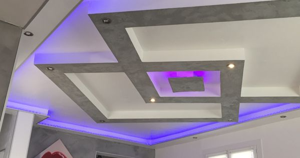 plafond placo design relief led placo pinterest mur tv tv design et plafond. Black Bedroom Furniture Sets. Home Design Ideas