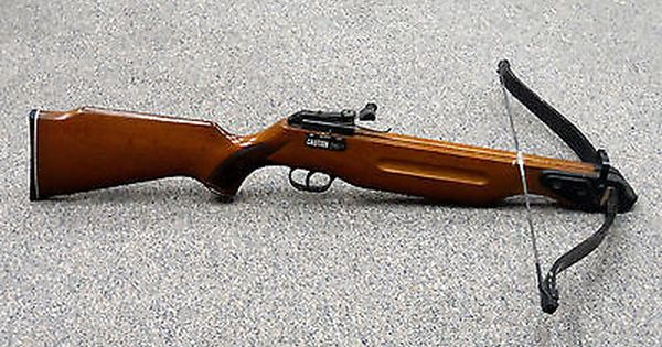 vintage working barnett wildcat crossbow 150 lb  pound draw  wood stock  scope