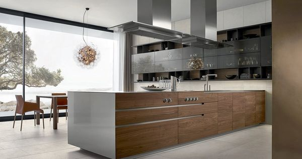 contemporary linear kitchen in white wood and stainless. Black Bedroom Furniture Sets. Home Design Ideas
