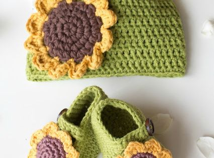 Sunflower Crochet Baby Hat Pattern : Sunflower Baby Hat - Free Crochet Pattern Spring ...