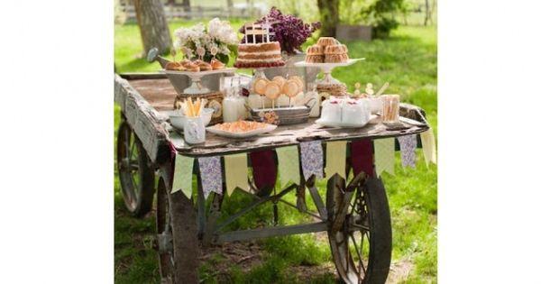 mariage dites oui la d co champ tre dessert buffet. Black Bedroom Furniture Sets. Home Design Ideas