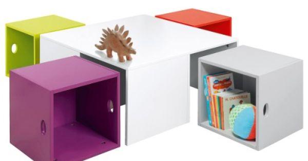 Petite table et ses rangements astucieux oxybul pour for Petite table pour enfants