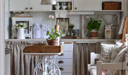 60 idees pour recycler une vieille machine a coudre ilot de cuisine 4 d co pinterest. Black Bedroom Furniture Sets. Home Design Ideas