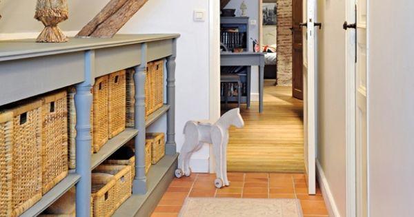 decoration couloir rangements dressing sous combles pinterest bureaux espaces et d coration. Black Bedroom Furniture Sets. Home Design Ideas