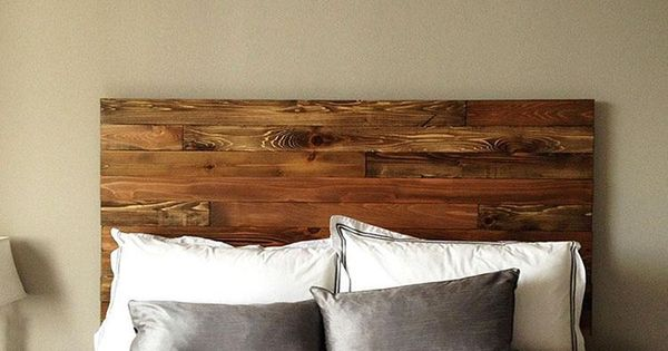 It 39 s a good morning the rustic charm of this cedar wood for Cedar wood headboards