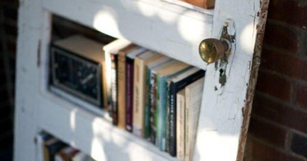 handgemachte m bel und dekorationen aus alten t ren regale selber bauen einrichtung. Black Bedroom Furniture Sets. Home Design Ideas