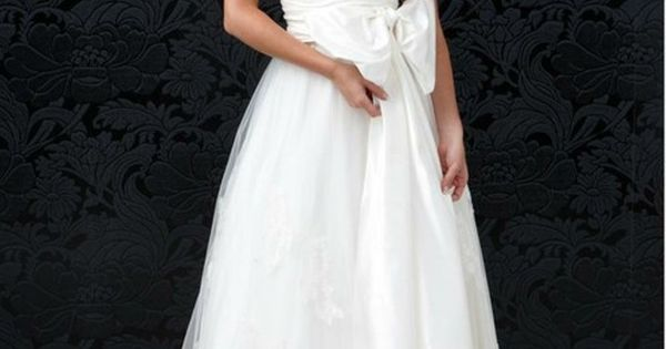 Wedding dresss.