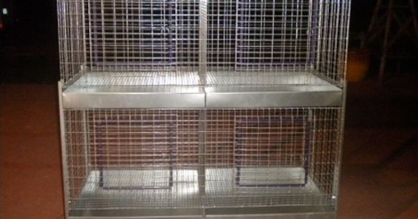 Deluxe 2 Tier 4 Hole Stacked Rabbit Cage The Cage Is 24 X 48