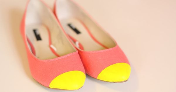 DIY: Colorblock ballet flats, also can use the metallic spray paint and