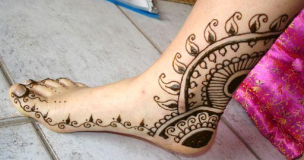 مجموعة جديدة من رسومات الحنة على اليد والقدم عروس نت Henna Hand Tattoo Henna Stuart Weitzman Nudistsong