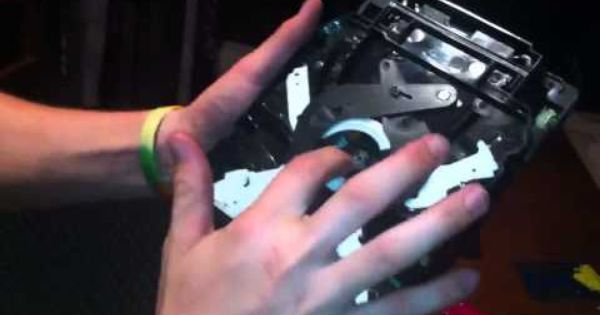 How To Clean Your Disc Reader Lens In Ps3 Slim To Fix Not Reading A Game Youtube Reading Games Ps3