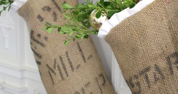burlap stockings, rustic christmas decor