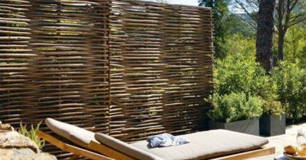jardin terrasse panneaux brise vue pour se cacher des voisins panneau brise vue noisetier. Black Bedroom Furniture Sets. Home Design Ideas