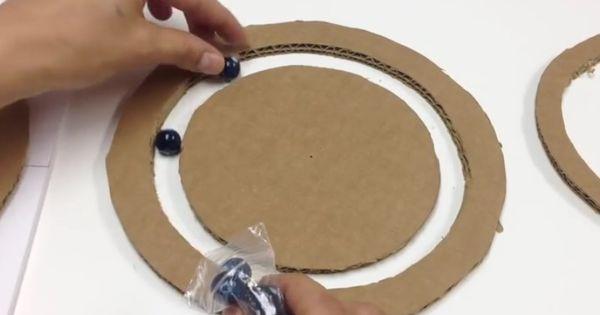 Projet Amusant Grace A Ce Bricolage Vous Pourrez Fabriquer Un Plateau Rotatif Avec Plusieurs Com Polystyrene Recyclage Billes De Polystyrene Plateau Tournant