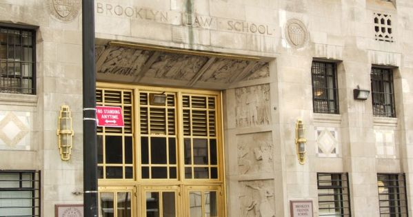 Art Deco New York City Brooklyn Law School 375 Pearl Street At Willoughby Street Downtown Brooklyn De Architecture Art Deco Architecture Arched Windows