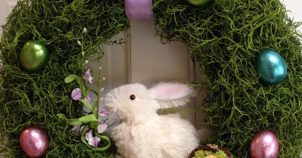 Easter bunny, Easter wreaths and Easter eggs on Pinterest