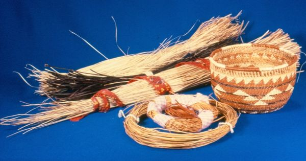 Traditional Native American Basket Weaving : California indian basket weaving materials baskets