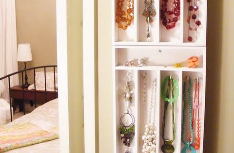 Silverware Trays as jewelry holders! Great idea for a DIY jewelry armoire.