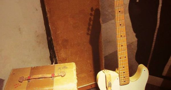D Models Collection Exhibition Amp Event : The holy grail luther perkins guitar and amp at