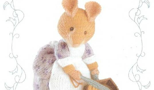 Amigurumi Peter Rabbit : Traduction Hunca Munca - Beatrix Potter Amigurumi ...