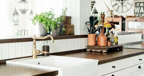 Concevoir une d coration de cuisine campagnarde et for Deco cuisine campagnarde