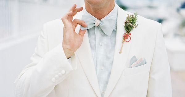 Wedding tie - light look for the groom | Kat Braman #wedding