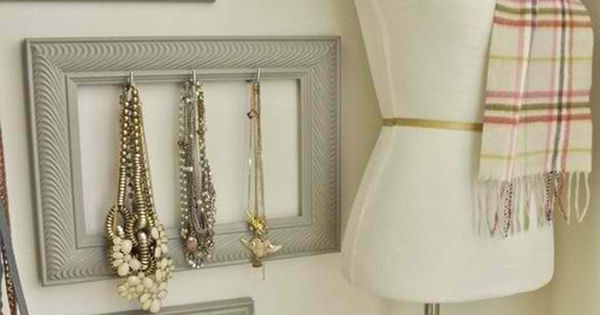 DIY Accessory organizers. Hang your jewelry and accessories on picture frames with