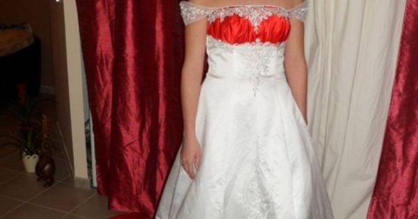 Robe de mariée blanche et rouge jamais service  Robes de mariée et ...