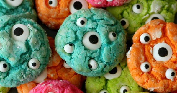 Gooey Monster Cookies, halloween cookies, halloween food, party food, themed food, kid cookies
