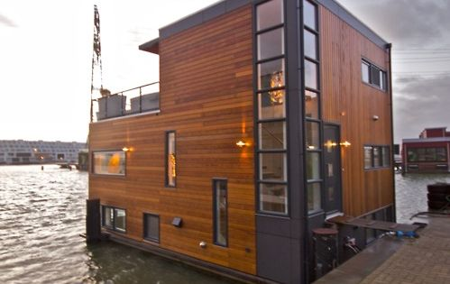 Did you ever have a wish to live on a house boat?