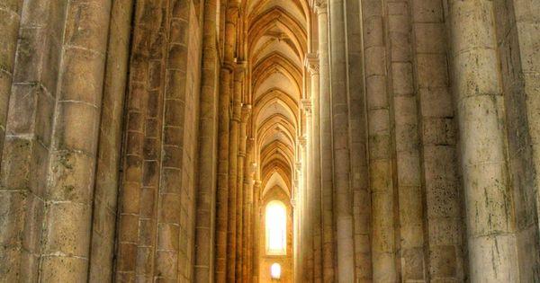 Monasterio Alcobaça, Portugal. Patrimonio de la Humanidad, UNESCO | Arquitectura de Lujo