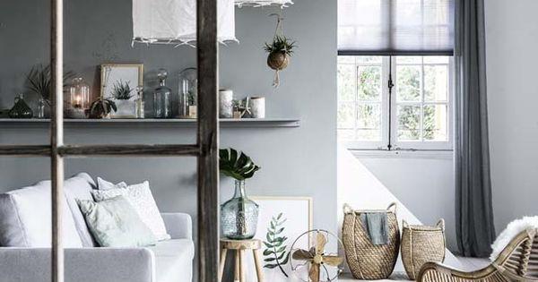 Karwei in deze kamer is er een mooie balans tussen grijstinten en natuurlijke materialen - Moderne deco volwassen kamer ...