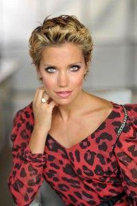 Sylvie Van Der Vaart 2010 3 200x300 Jpg 200 300 Pixel Hair Model Actresses